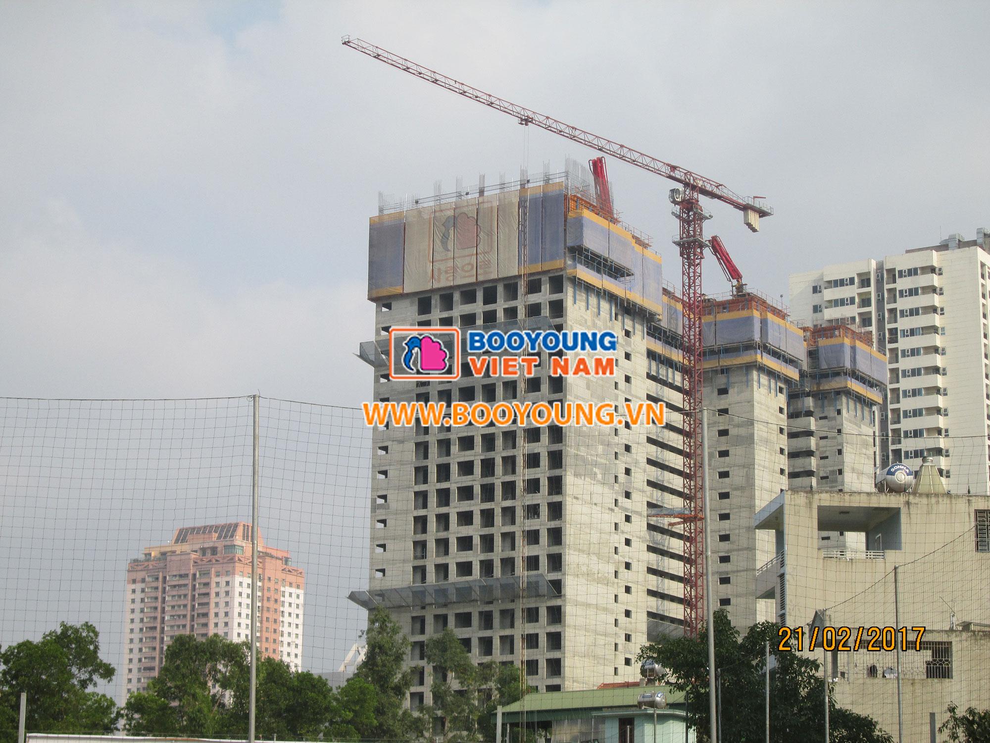 Góc nhìn từ sân vận động Mỗ Lao