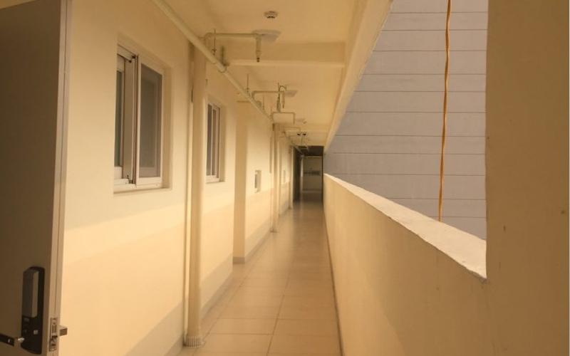 Hành lang mở của chung cư Quốc tế Booyoung