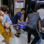 Cư dân của Booyoung sinh hoạt ra sao khi nguồn nước Hà Nội bị ô nhiễm nặng